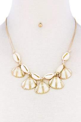 Nadya's Closet Sea Shell Necklace-Set