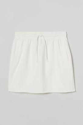 H&M Short Sweatshirt Skirt - White