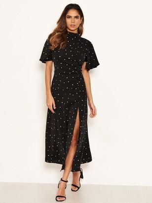 AX Paris Spotty Ruched Side Midi Dress - Black