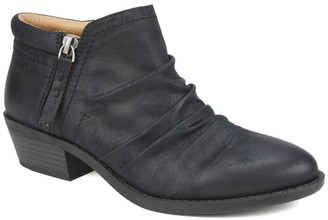 White Mountain Footwear Dalilah Western Ankle Bootie
