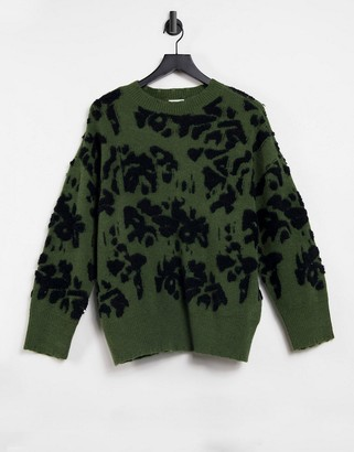 Vila knited jumper with in black abstract flower print