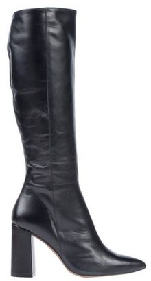 Marian Boots