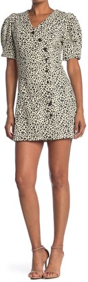 Moon River V-Neck Puff Sleeve Button Front Leopard Print Dress