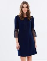 Review Washington Dress