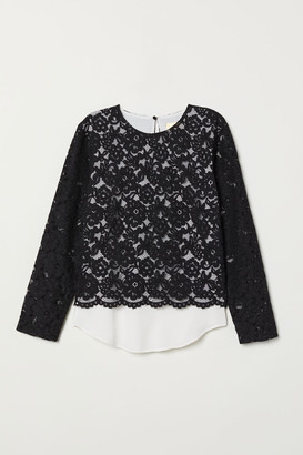 H&M Double-layered lace top
