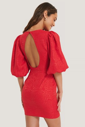 Lizzy X NA-KD Open Back Puffy Sleeve Dress