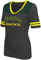 Colosseum Women's Oregon Ducks Twist V-neck T-Shirt