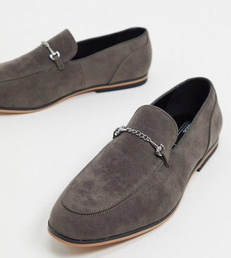 ASOS DESIGN Wide Fit loafers in gray faux suede with snaffle detail and black sole