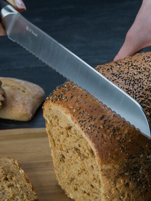 Circulon 8-Inch Stainless Steel Soft-Grip Handle Bread Knife, 20cm