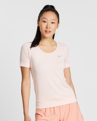 Nike Infinite SS Top