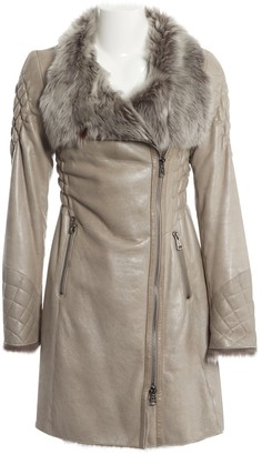 Ventcouvert Grey Leather Coat for Women