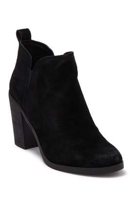 Dolce Vita Shawna Split Block Heel Boot