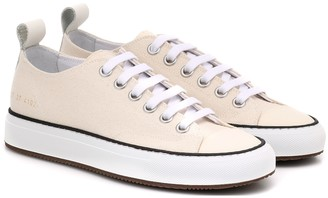 Common Projects Tournament Low canvas sneakers