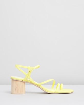 Dolce Vita Zyda Leather Block Heels