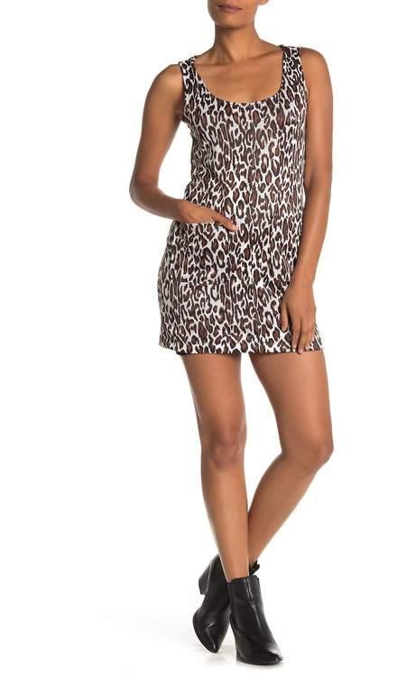 BeBop Leopard Print Sleeveless Pocketed Mini Dress