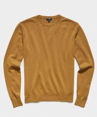 Todd Snyder Cashmere Crewneck Sweater in Dark Honey