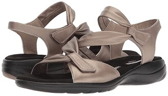 Clarks Saylie Moon (Pewter Metallic Leather) Women's Sandals