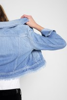 7 For All Mankind Cropped Trucker Jacket In Coastal Blue