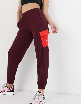 Reebok Training sweatpants in burgundy