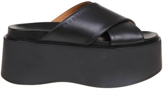 Marni Sandals In Leather With Plateau Color Black