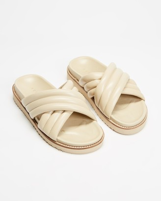 AERE - Women's Neutrals Flat Sandals - Crossover Leather Footbed Slides - Size 6 at The Iconic