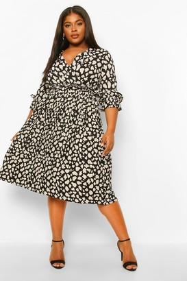 boohoo Plus Animal Pleated Midi Dress