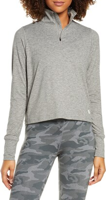 vuori Crescent Performance Half-Zip Crop Pullover