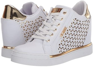 GUESS Flowurs (White) Women's Lace up casual Shoes