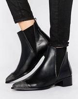 Bronx Leather Boot With Chain Toe