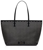 Elizabeth and James Daily Tote