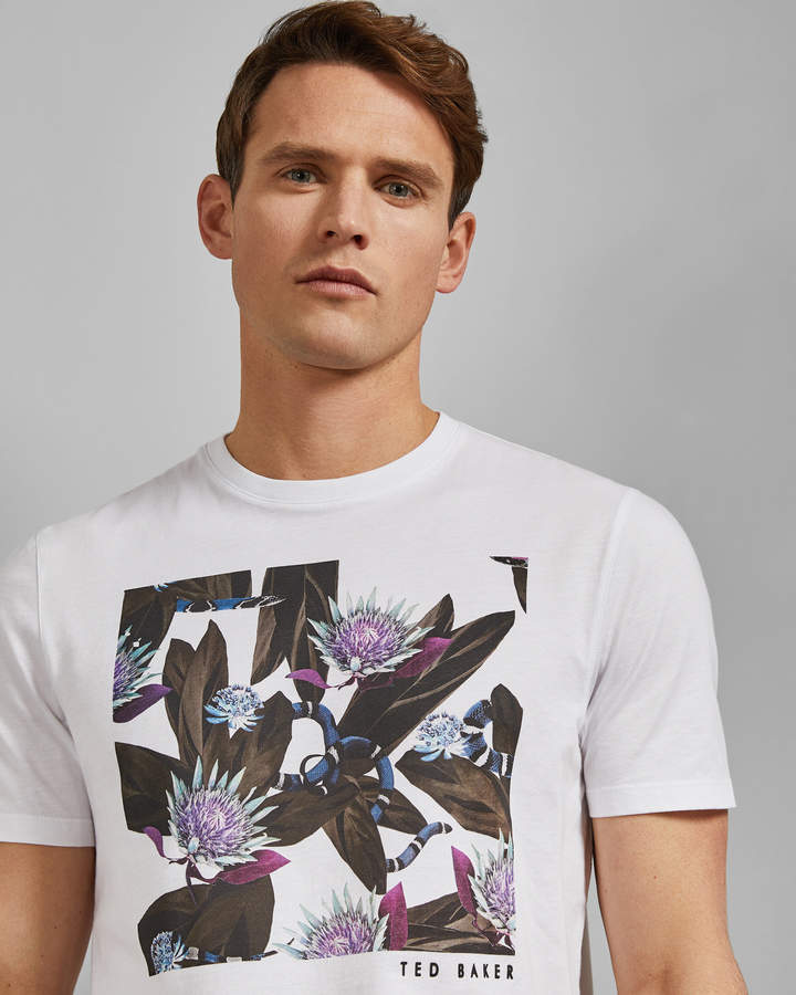 c1ac6fb5 Ted Baker Men's Tshirts - ShopStyle