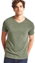 Gap Vintage wash V-neck t-shirt