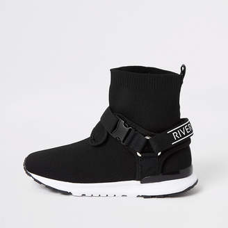 River Island Boys black RI velcro buckle knitted trainers