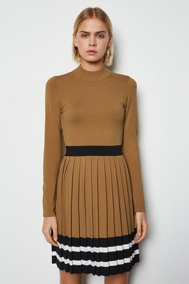 Sporty Stripe Pleat Knit Dress