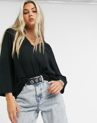 Object Bay 3/4 sleeve v-neck blouse in black