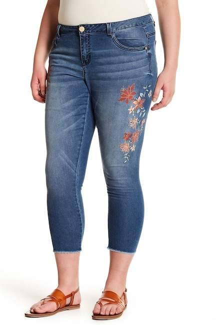 Democracy Floral Frayed Ankle Jeans (Plus Size)