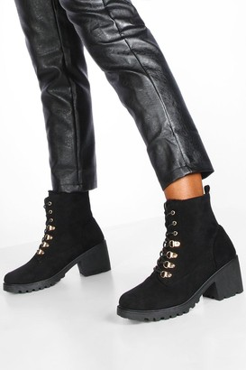 boohoo Faux Fur Lined Block Heel Hiker Boots