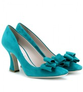 SUEDE BOW PUMPS WITH FLARED HEELS