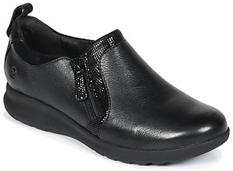 Clarks Un Adorn Zip women's Casual Shoes in Black