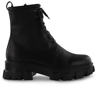 Tony Bianco Sloane Black Como Ankle Boots