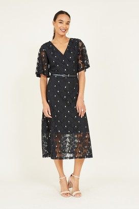Yumi Black Floral Lace Midi Dress