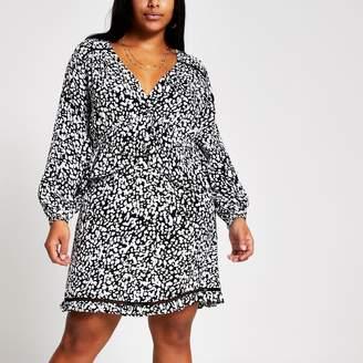 River Island Womens Plus Black printed frill mini smock dress