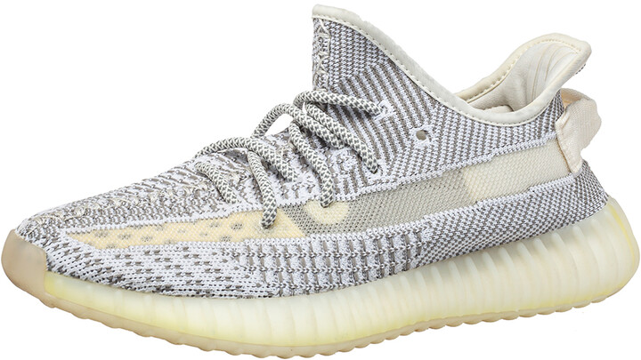 Yeezy x Adidas White/Grey Knit Fabric Boost 350 V2 Static Non-Reflective Sneakers Size 40.5