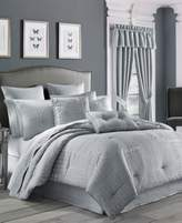 J Queen New York Wilmington Queen Comforter Set