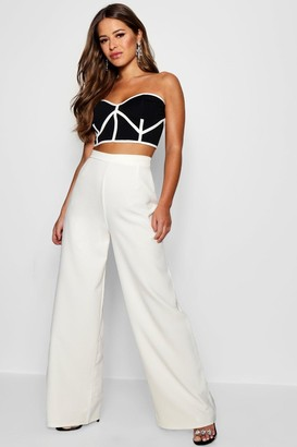boohoo Petite High Waisted Woven Wide Leg Pants