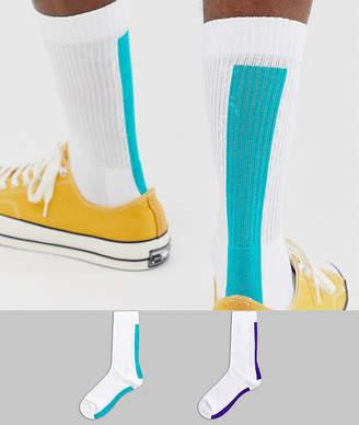 Asos Design DESIGN 2 pack sport sock with back stripe save-White