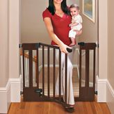 Summer Infant Sure & Secure® Deluxe Top of Stairs Walk-Thru Gate