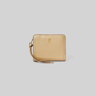 Marc Jacobs The Softshot Pearlized Mini Compact Wallet