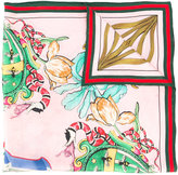 Gucci letter printed scarf - women - Silk - One Size