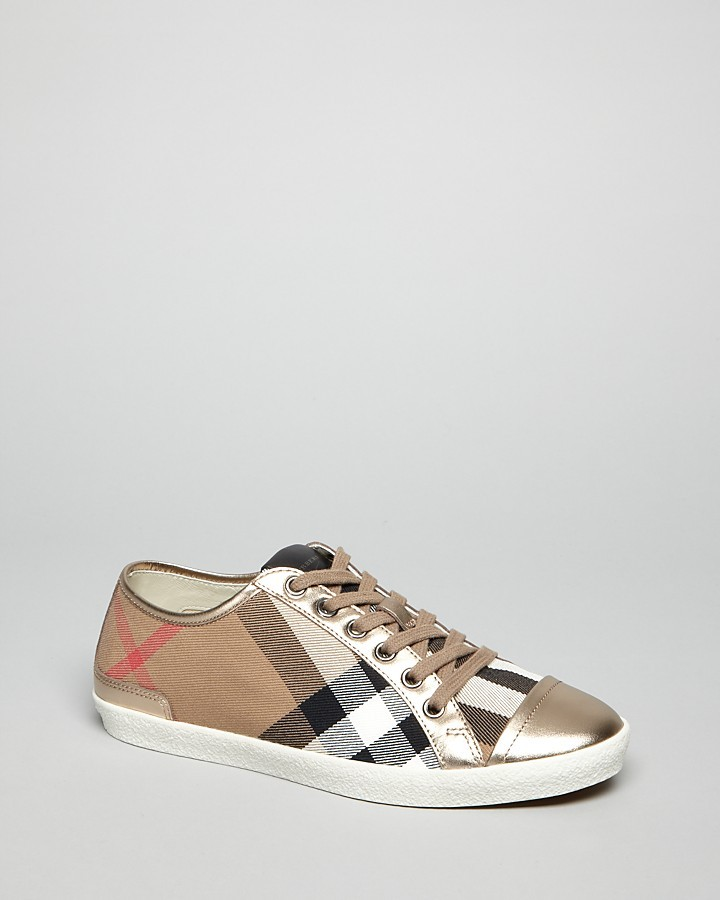 Burberry Cap Toe Lace Up Sneakers - Check
